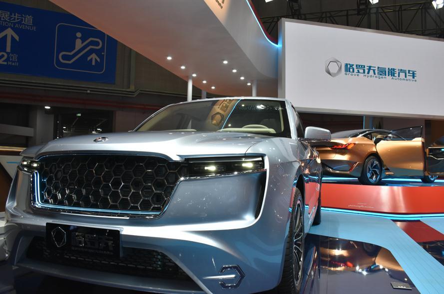 """要说2019年第18届上海国际汽车展上最大的亮点是什么?那就是氢能源汽车的全球首发!之前在氢能源上一直都看好日本技术,没想到在此次国际车展上,率先展出的竟是""""格罗夫氢能汽车""""!"""